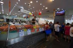 SYDNEY, AUSTRALIE - 19 MARS 2015 : Crevettes roses sur Sydney Fish Market Photographie stock libre de droits