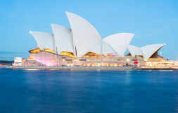 SYDNEY, AUSTRALIEN - 29. MAI 2015: Klares Sydney-Licht und Tonfestival an Sydney Opera-Haus, Sydney 2015 Lizenzfreies Stockbild