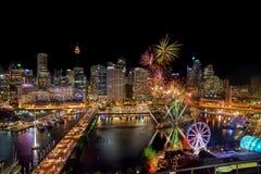 SYDNEY AUSTRALIEN - November 12, 2016: Fyrverkerier på Darling Har Arkivbild