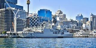 SYDNEY AUSTRALIEN - Oktober 8th 2013: Krigsskepp på australier N Royaltyfria Bilder