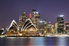 Sydney CBD cierra oscuridad Imagen de archivo libre de regalías
