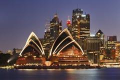 Sydney CBD stänger husmörker Arkivfoton