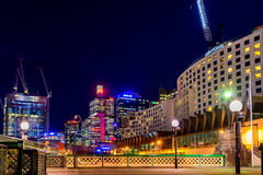 Sydney City Skyline na noite Fotografia de Stock Royalty Free