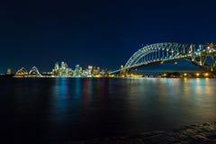 Sydney cityscape på natten Arkivfoton