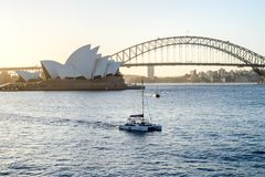 SYDNEY - 12 de outubro: Opinião de Sydney Opera House o 12 de outubro de 2017 em Sydney, Austrália Sydney Opera House é artes fam Imagem de Stock Royalty Free
