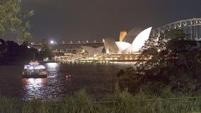Sydney do centro e o teatro da ópera real Imagem de Stock