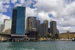 Sydney Ferries and high-rise buildings at Circular Quay in Sydney Stock Photography