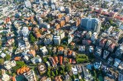 Sydney förort från luften Arkivbild