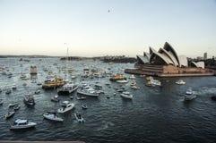 Sydney-Hafenpanorama genommen auf 19 vom Februar 2007 während des Kreuzschiffweltkreuzfahrtbesuchs der Königin Elizabeth 2 Stockfotos