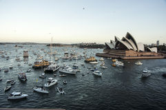 Sydney hamnpanorama som tas på 19 av Februari 2007 under för kryssningskepp för drottning Elizabeth 2 besök för kryssning för vär Arkivfoton