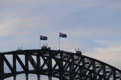 Sydney Harbor Bridge klättring av turister Royaltyfri Bild