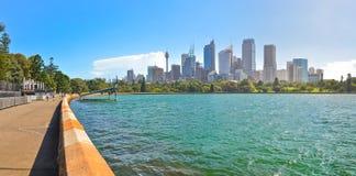Sydney Harbor i en solig dag Fotografering för Bildbyråer