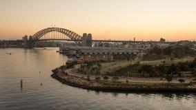 Sydney Harbour Bridge bei Sonnenaufgang, Australien Stockbild
