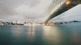 Sydney Harbour Bridge Day To-Nachttijdspanne van de Cirkelkade van Luna Park Skyline The Rocks stock video