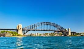 Sydney Harbour Bridge som byggs i 1932 australasian Arkivfoto