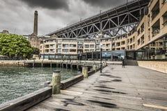 Sydney Harbour Bridge in un'alba calma della molla a Sydney, Austr Immagini Stock