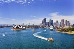 Sydney Harbour CBD dag Arkivbild