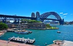 Sydney Harbour e ponte do porto Imagem de Stock