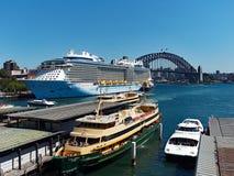 Sydney Harbour,Ferries and Bridge Royalty Free Stock Photos