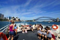 Sydney Harbour Ferry View des Opernhauses und der Brücke Stockbild