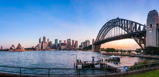 Sydney Harbour Fish Eye Panorama au coucher du soleil Photos stock