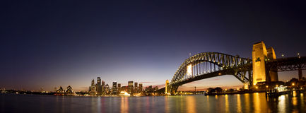 Sydney-nacht Horizonpanorama Stock Foto