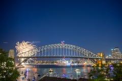 Sydney nowego roku wigilii fajerwerków przedstawienie Zdjęcia Stock