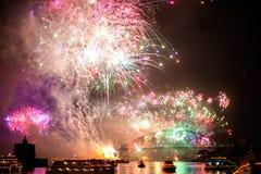 Sydney NYE 2015 fuegos artificiales Imágenes de archivo libres de regalías