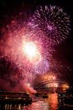 Sydney NYE 2015 fuegos artificiales y barcos Imágenes de archivo libres de regalías