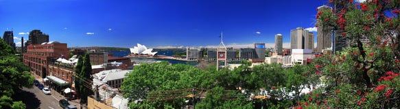 Sydney octubre de 2009: Mirada del puerto de Sydney del puente del puerto. Foto de archivo