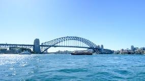 SYDNEY - Oktober 12: Sydney Harbour Bridge på Oktober 12, 2017 i Sydney Arkivbilder