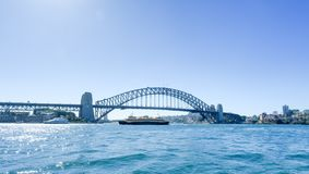 SYDNEY - Oktober 12: Sydney Harbour Bridge på Oktober 12, 2017 i Sydney Royaltyfria Foton