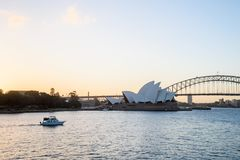 SYDNEY - Oktober 12: Sydney Opera House sikt på Oktober 12, 2017 i Sydney, Australien Royaltyfri Foto