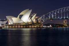 Sydney Opera House bij Nacht Stock Afbeeldingen