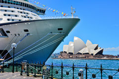 Sydney Opera House and a cruise ship in Sydney Harbour Royalty Free Stock Images