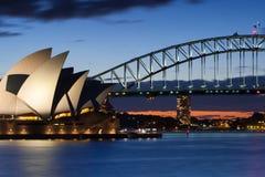 Sydney Opera House an der Dämmerung Stockfotografie