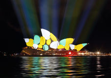 Sydney Opera House durante Sydney vívido Foto de Stock Royalty Free
