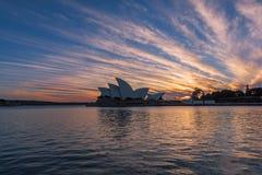 Sydney Opera House en la salida del sol en Sydney Australia Fotos de archivo