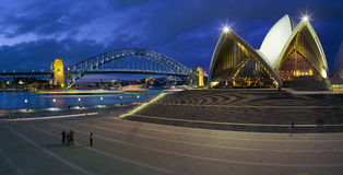 Sydney Opera House and Harbour Bridge. Sydney Opera house at twilight with the Harbour Bridge in the distance Stock Images