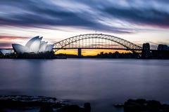 Sydney Opera House och hamnbron, New South Wales, Australien Arkivbild
