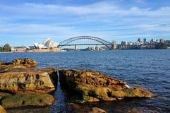 Sydney Opera House und Hafen-Brücke Stockbilder