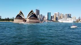 Sydney Opera House View From che passa traghetto, Australia stock footage