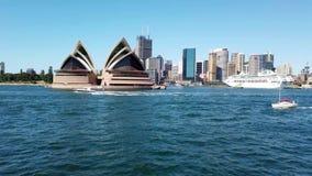 Sydney Opera House View From die Veerboot, Australië overgaan stock footage