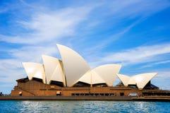 Sydney opera, NSW, Australia: Niebieskie Niebo Zdjęcie Stock
