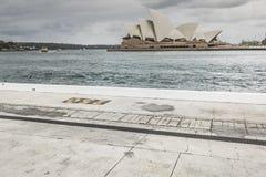 SYDNEY - 25 OTTOBRE: Sydney Opera House nella vista nuvolosa di giorno su Oc Fotografie Stock