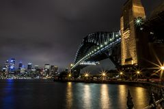 Sydney schronienia most przy nocą Australia zdjęcie royalty free