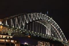 Sydney schronienia most przy nocą Zdjęcie Royalty Free