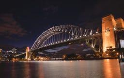 Sydney schronienia most przy nocą, widok od Kirribilli, stalowy th Zdjęcie Royalty Free