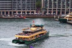 Sydney schronienia promy, Kółkowy Quay, Australia Zdjęcie Stock