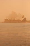 Sydney-September 2009: Dagen har stor sandstrom att täcka all Sy arkivbild
